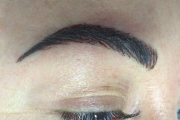 Permanent makeup correction, Gemma Kennelly